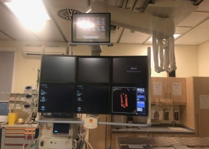 SIEMENS Artis zee Biplane System Cath Angio Lab
